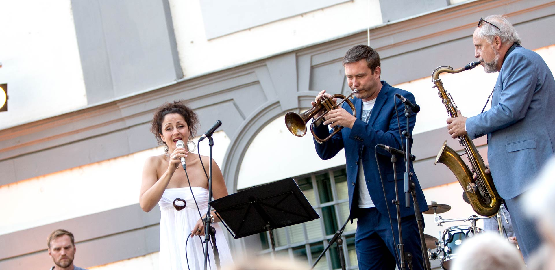 Alexandrina Simeon Quintett feat. Benny Brown - Live @ Konzerte im Fronhof Augsburg (Foto: Herbert Heim, 2019)